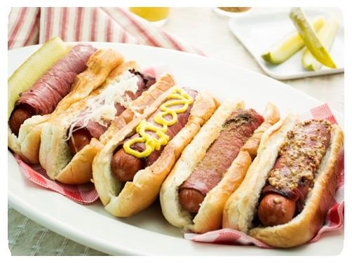 Pastrami hot dog